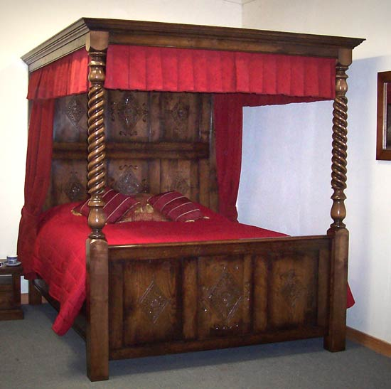 Diamond Four Poster Bed Four Poster Bed
