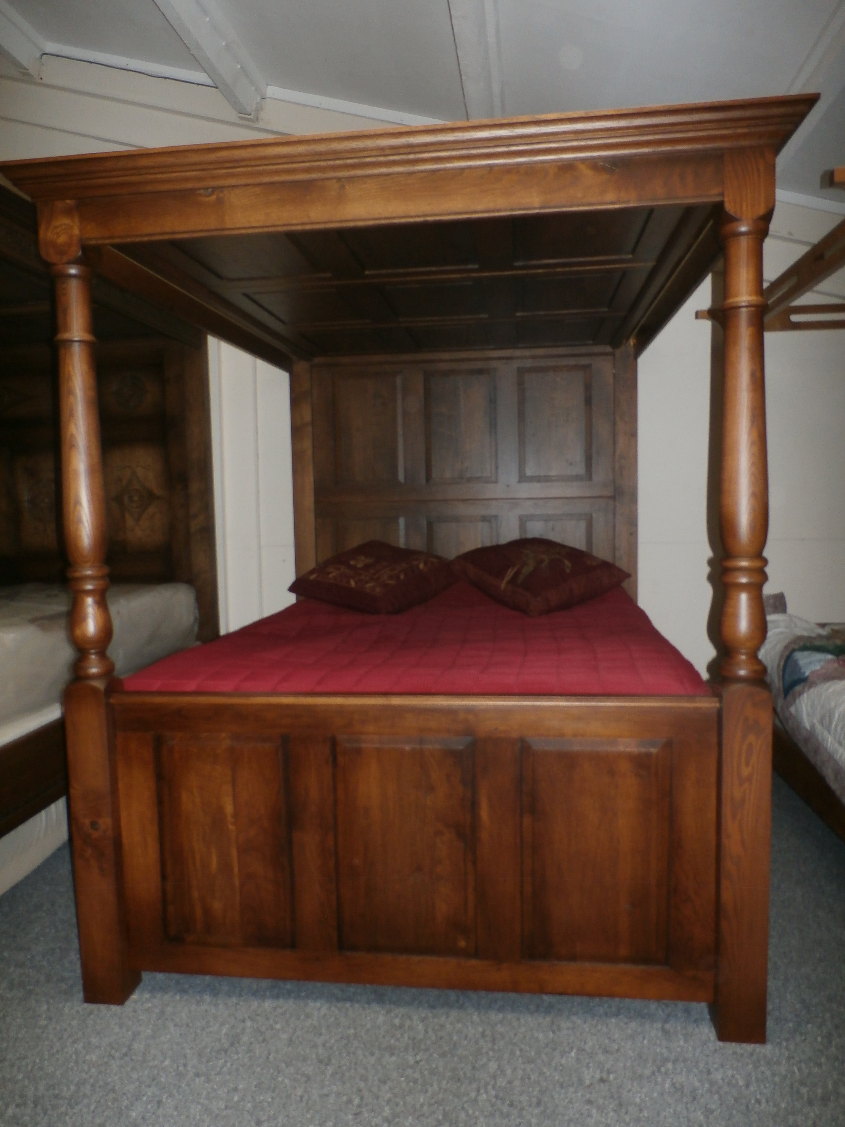 Fully Paneled Lyons Hall Four Poster Bed