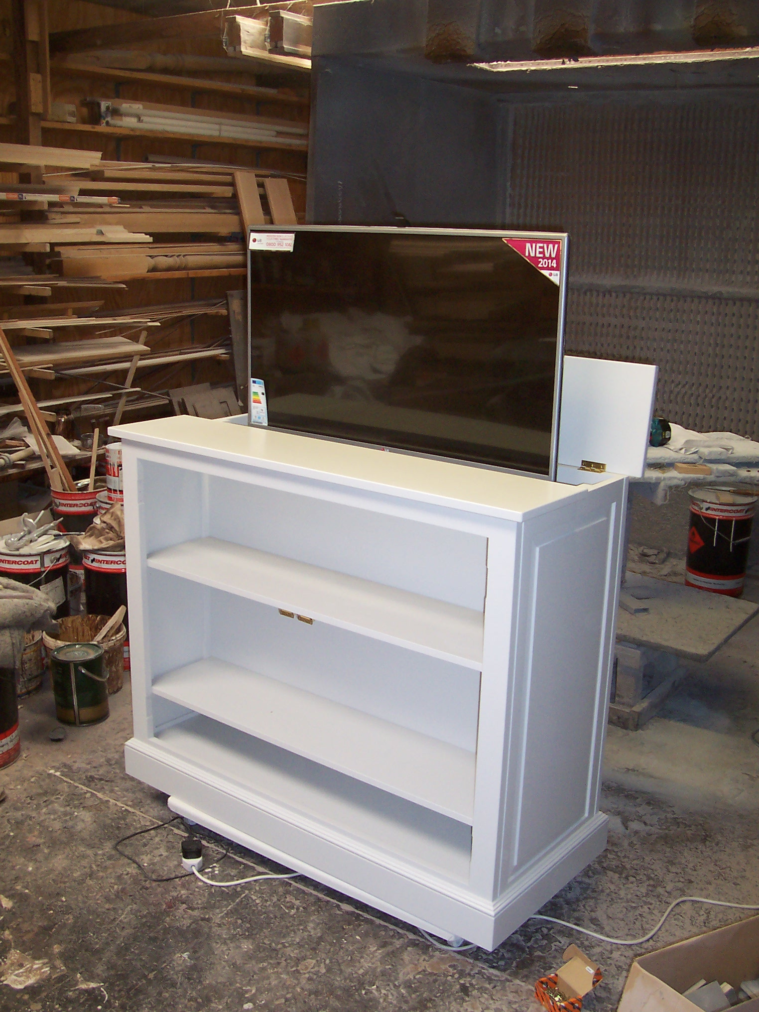 TV cabinet in white finish